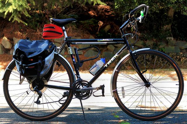 fotografia sakwy na rower
